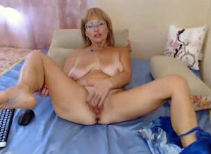 Mature webcam tube