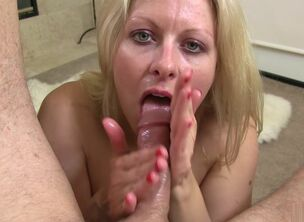 Mature throat fuck