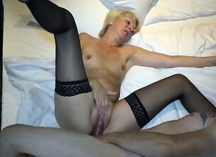 Stepson cums in mom